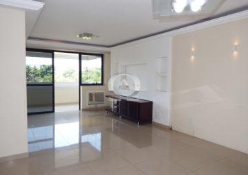Apartamento Pedra de Itaúna – Lagoa Azul Barra da Tijuca
