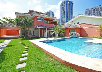 Casa Triplex Santa Lucia Barra da Tijuca